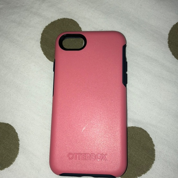 quality design d54f8 adba1 iPhone 6/6s OtterBox case pink and navy blue 💗💙